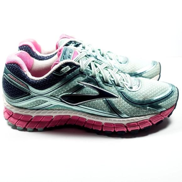 923c9af78e9 Brooks GTS 16 Womens Running Shoes Size 8.5. M 5bd7eb02baebf6d848bf7255